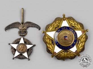 Chile, Republic. An Order of Merit, II Class Grand Officer Insignia Set, c.1945
