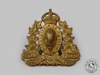 Canada, Dominion. Royal Canadian Mounted Police (RCMP) Cap Badge with King's Crown
