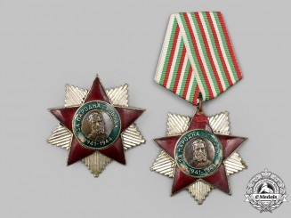 Bulgaria, People's Republic. A Pair of Orders of People's Freedom, Medal and Breast Star Versions