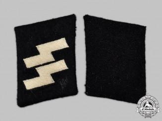 Germany, SS. A Set of Waffen-SS Mann Collar Tabs