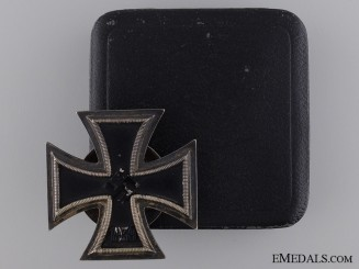 A 1939 First Class Iron Cross; Screw Back Tpye