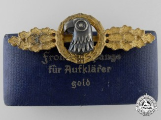 A Gold Grade Reconnaissance Clasp with Case to Luftwaffe Oberleutnant Karl Schuh