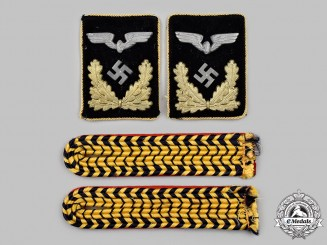 Germany, Reichsbahn. A Mixed Lot of Reichsbahn Official Uniform Insignia