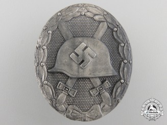 A Silver GradeWound Badge byKlein & Quenzer