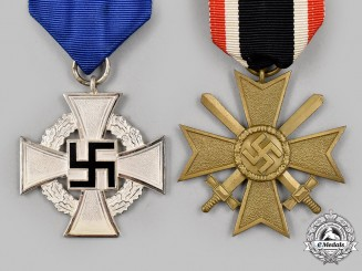 Germany, Third Reich. A Pair of Medals