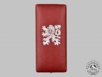 Czechoslovakia, Republic. And Order of the White Lion, V Class Knight Case by Karnet & Kysely, c. 1935