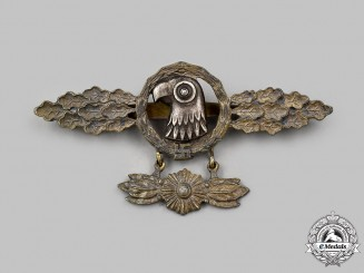 Germany, Luftwaffe. A Reconnaissance Squadron Clasp, Gold Grade with Hanger