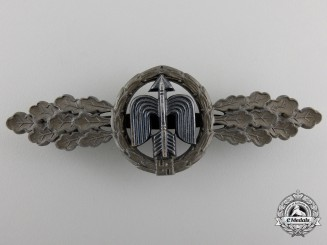 A Short Range Luftwaffe Fighter Clasp by G.H. Osang