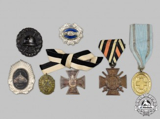 Germany, Imperial. A Mixed Lot of Badges and Decorations