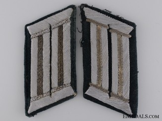 A Pair of Army (Heer) Infantry Collar Tabs