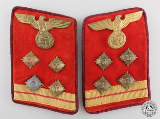 A Set of NSDAP Gau Hauptgemeinschaftsleiter Collar Tabs with RZM Label