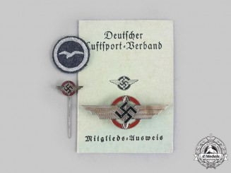 Germany, DLV. A Lot of German Air Sports Association Insignia and Documents to Karl Möbes