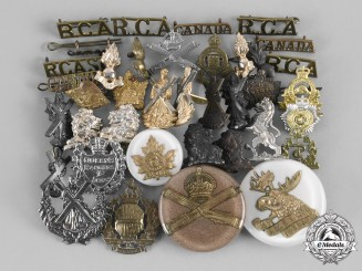 Canada, Commonwealth. A Lot of Thirty-Eight Regimental Insignia