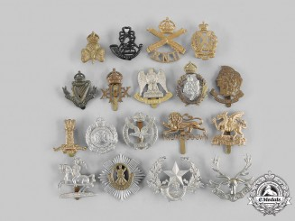 United Kingdom. A Lot of Eighteen Cap Badges