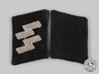 Germany, SS. A Set of SS-Mann Collar Tabs