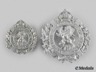 Canada, Dominion. A 79th Cameron Highlanders of Canada Glengarry Badge & Collar Badge, c.1910