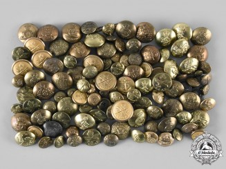 Canada. A Large Lot of 118 Regimental Buttons