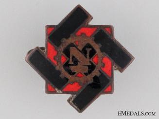TENO Membership Pin