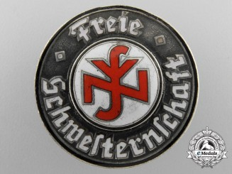 A German National Federation of Free Sisters and Nurses Badge