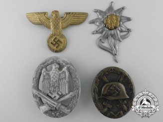 A Lot of Second War German Badges and Insignia