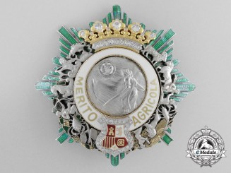 A Superb Spanish Order for Agricultural Merit; Grand Cross Star in Gold & Diamonds