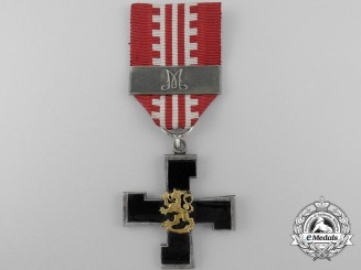 A 1939-1945 Finnish Headquarters Cross