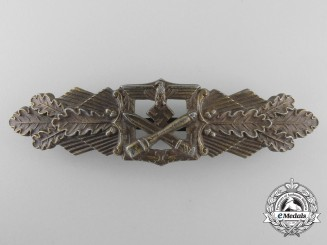 A Bronze Grade Close Combat Clasp by C.E.Juncker