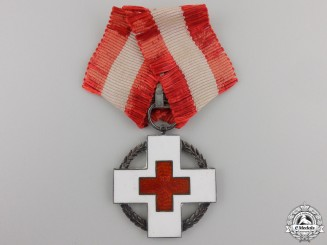 A 1939-45 Dutch Red Cross Decoration