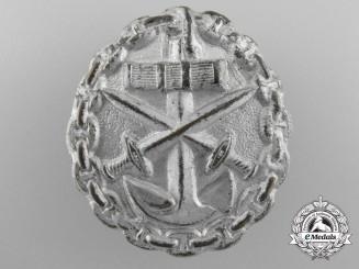 A First War Naval Wound Badge; Silver Grade