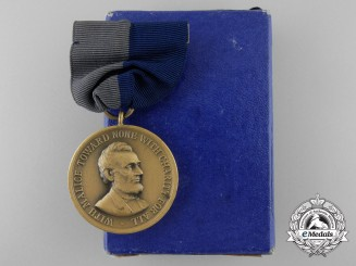 An American Army Civil War Campaign Medal 1861-1865 with Box of Issue