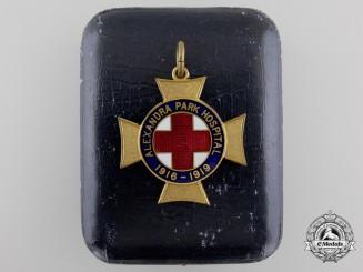 An Alexandra Park Hospital 1916-1919 Cross; Middlesex 82