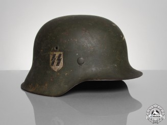 A Single Decal M42 SS Combat Helmet