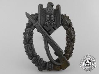 "An Infantry Badge Bronze Grade;  Marked ""8"""