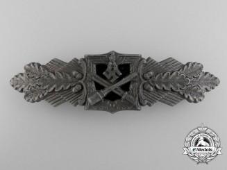 A Bronze Grade Close Combat Clasp by Funcke & Brüninghaus, Lüdenscheid