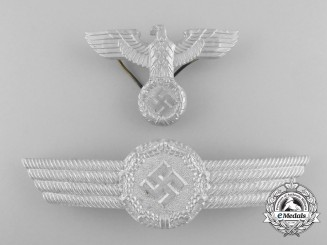 A Mint Luftwaffe Civil Employee Officer's Visor Cap Insignia