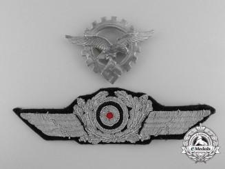 A Generalluftzeugmeister (Civilian Technician's) Officers's Visor Cap Insignia