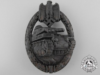 A Tank Badge Bronze Grade by C.E. Juncker, Berlin