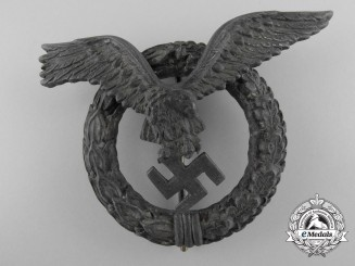 Germany, Luftwaffe.  A Round Wreath Version Pilot's Badge, by C.E. Juncker