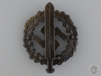 A Bronze Grade SA Defense Badge