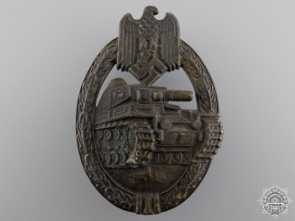 A Bronze Grade Tank Badge