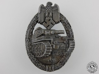 A Bronze Grade Tank Assault Badge by Maker EWE