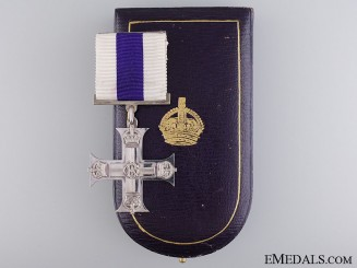A Cased WWI Issue Military Cross