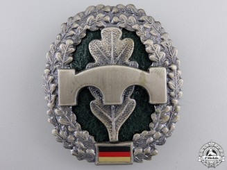 A Federal Republic Pioneer/Engineer's Combat Troops Cap Badge