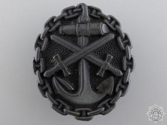 A First War Naval Wound Badge; Black Grade