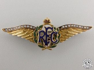 A First War Royal Flying Corps Pin in Gold