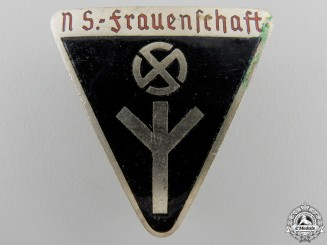 A German Women's League Membership Badge; Type III