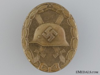 A Gold Grade Wound Badge by Funke & Brüninghaus