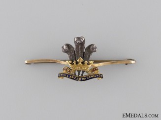 A Gold Royal Regiment of Wales Pin