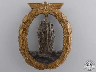 A Kriegsmarine Minesweeper War Badge by Rudolf Karneth & Söhne