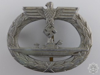A Kriegsmarine Submarine War Badge
